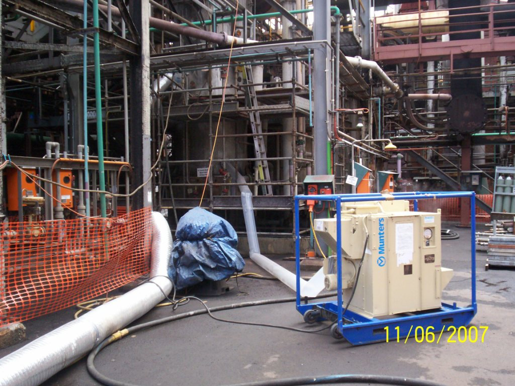 Setting up for pressure vessel protective coating