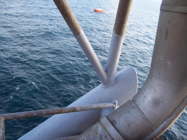 Chemco corrosion prevention on oil rig