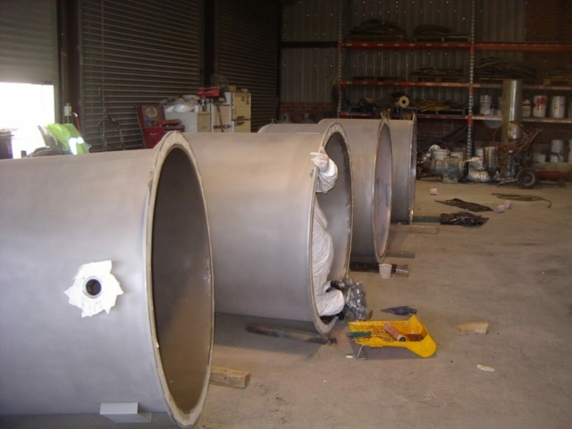 Abrasive blasting of pipes